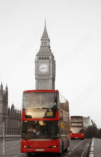 Poster Rouge, noir, blanc Double Decker Bus, Big Ben in far behind