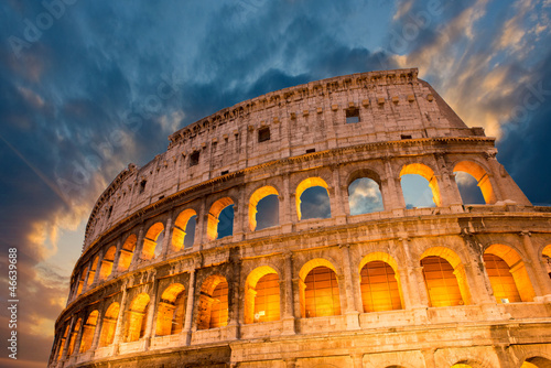Stampa su Tela Wonderful view of Colosseum in all its magnificience - Autumn su