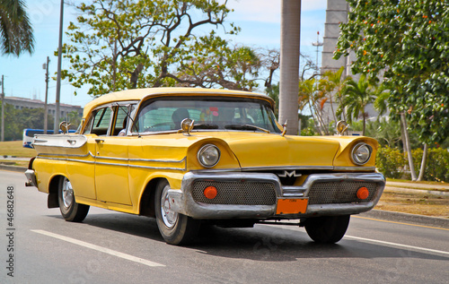 Cadres-photo bureau Voitures de Cuba Classic Oldsmobile in Havana.