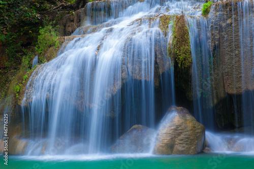 Nowoczesny obraz na płótnie Piękny naturalny wodospad w Tajlandii