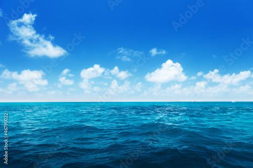 Poster Zee / Oceaan perfect sky and water of indian ocean