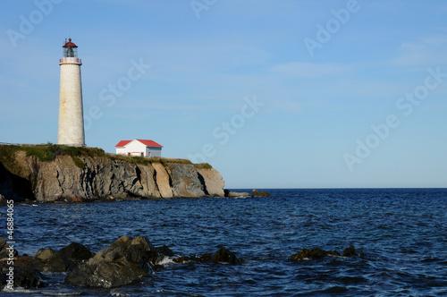 Spoed Foto op Canvas Vuurtoren Quebec, the lighthouse of Cap les Rosiers in Gaspesie