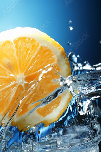 Poster Eclaboussures d eau limon in water