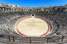 Bull Fighting Arena Nimes (Rom...