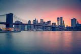 Fototapeta Kuchnia - Brooklyn bridge and Manhattan at dusk