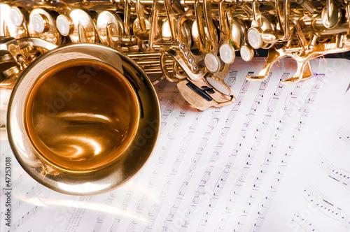 Fotografie, Obraz Saxophone on the printed music