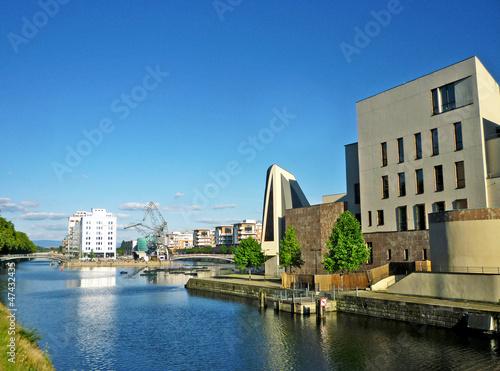 Stickers pour porte Ville sur l eau conservatoire et médiathèque sur quais de Strasbourg