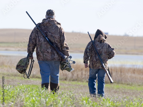Poster Chasse Father and Son Hunting