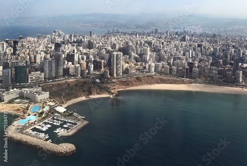 Beirut on the Mediterranean Fotobehang