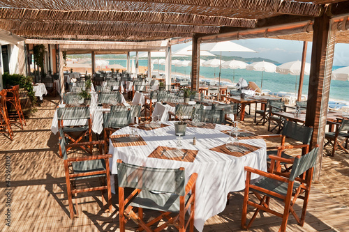 Canvas-taulu Beach Restaurant in the South of France 2