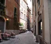 Vicolo Caratteristico Di Roma Centro