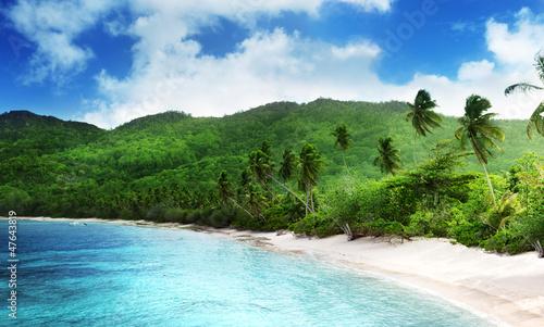 Obrazy na płótnie Canvas beach in sunset time on Mahe island, Seychelles
