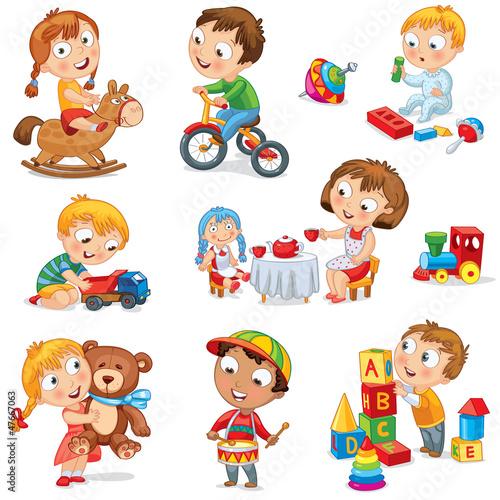 dzieci-bawia-sie-zabawkami-dziewczyna-na-koniu-przytulanie-misia