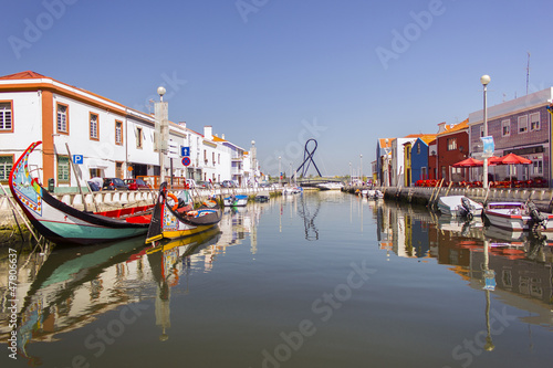 Fotografie, Obraz  A view of a water canal, Aveiro, Portugal