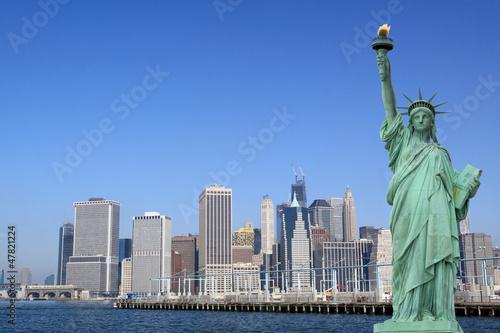 Poster New York Manhattan Skyline and The Statue of Liberty, New York City