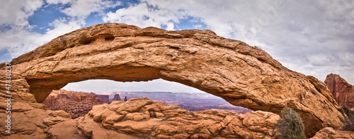 In de dag Natuur Park Mesa Arch, Canyonlands National Park - Utah, USA