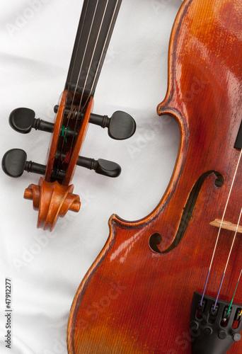 Zwei Geigen Detail 4