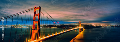 panoramic view of Golden Gate Bridge by night Wallpaper Mural