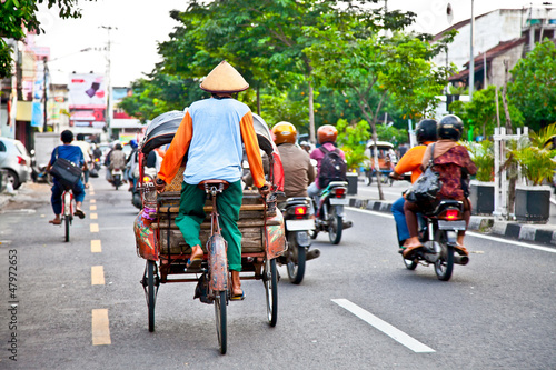 In de dag Indonesië View of Yogyakarta with its typical hundreds of motorbikes on th