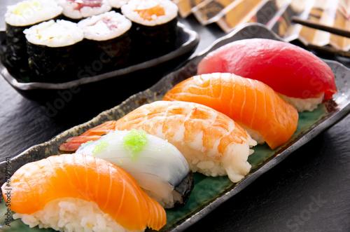 Printed kitchen splashbacks Sushi bar sushi und rolls