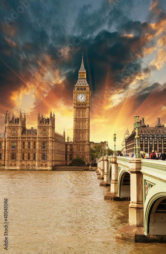 houses-of-parliament-palac-westminster-piekny-londyn