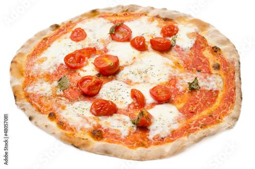 Spoed Foto op Canvas Pizzeria Pizza con pomodoro fresco,mozzarella e origano