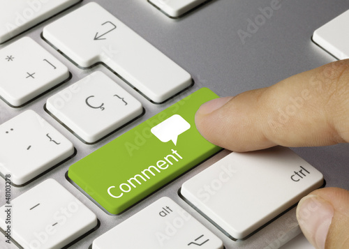 Obraz Comment keyboard key. Finger - fototapety do salonu