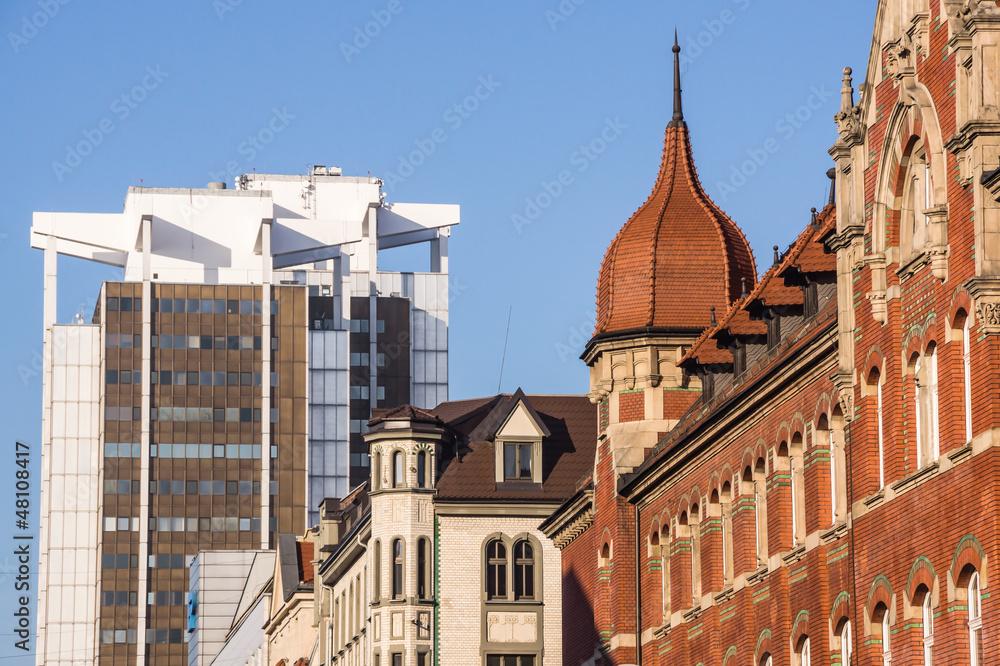Fototapety, obrazy: Mieszanka stylów architektonicznych w centrum Katowic, Śląska