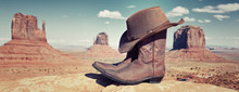 Panoramic Boots And Hat