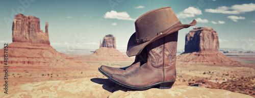 Valokuva  panoramic boots and hat