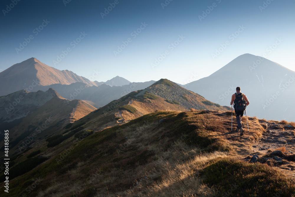 Fototapety, obrazy: Hiker in Tatra Mountains