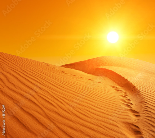 Photo  Sand dunes in Sahara