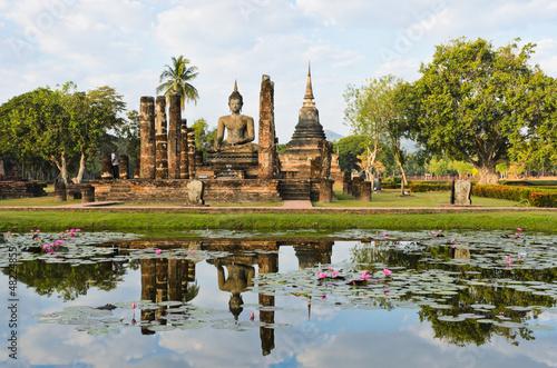 Obraz na plátně  Wat Mahathat in Sukhothai Historical Park, Thailand