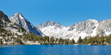 Sierra Nevada Alpine Lake Scen...