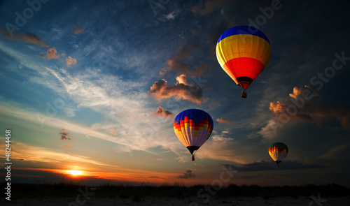 Spoed Foto op Canvas Ballon Romance of the flight