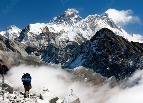 Wall Murals Nepal view of Everest from Gokyo with tourist on the way to Everest
