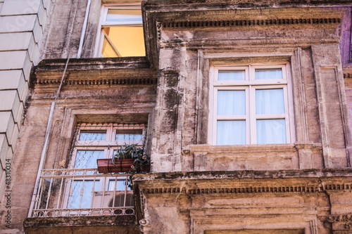 Photo  Old building with old windows (Taksim - Istanbul - Turkey)