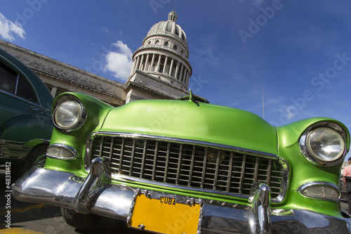 Canvas Prints Cars from Cuba Oldtimer vor dem Capitol auf Kuba