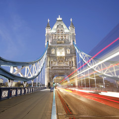Fototapeta na wymiar Tower Bridge at night