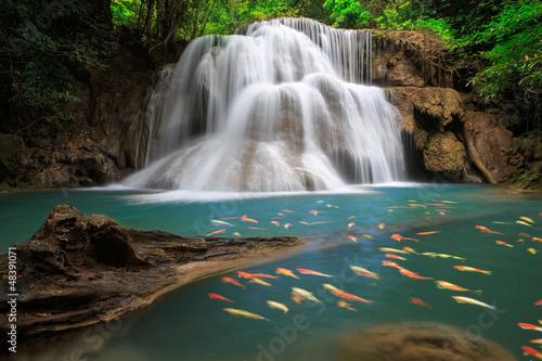 wodospad-huai-mae-khamin-tajlandia