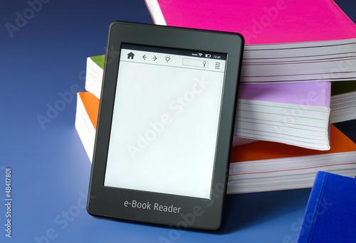 Cuadros en Lienzo Touchscreen e-Book Reader Konzept + Copy Space