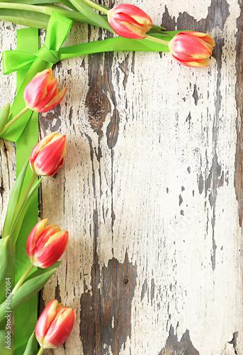 nostalgiczna-rama-tulipanow