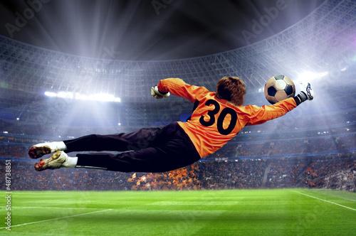 In de dag voetbal Football goalman on the stadium field