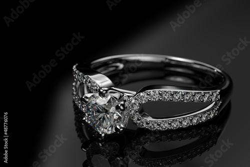 Fotografie, Obraz  Engagement_diamond_ring