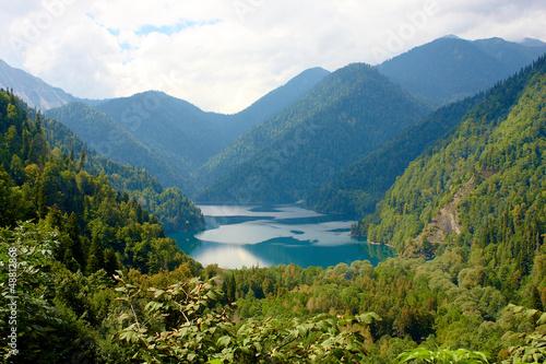 Озеро и горы Fototapet