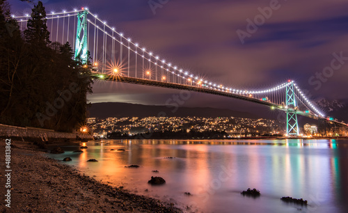 Lions Gate Bridge in Vancouver at Night