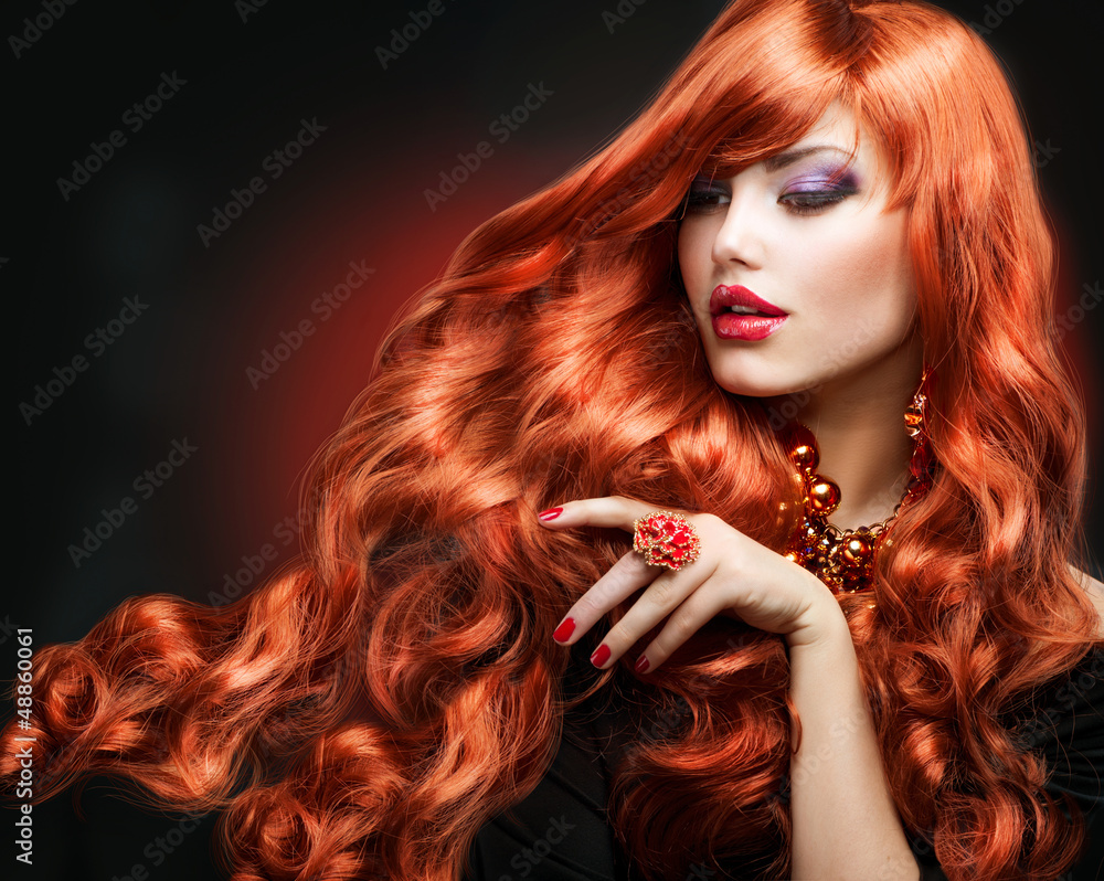 Plissee mit Motiv - Red Hair. Fashion Girl Portrait. long Curly Hair