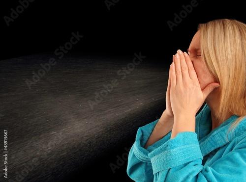 Leinwand Poster Frau beim Niesen