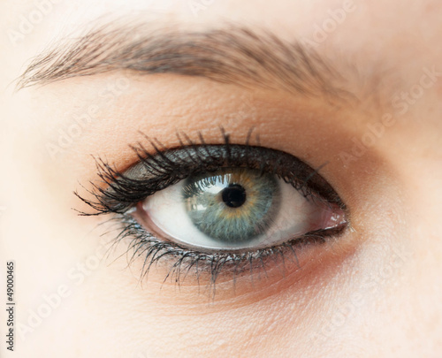 Foto op Plexiglas Beauty Beautiful blue woman eye close up
