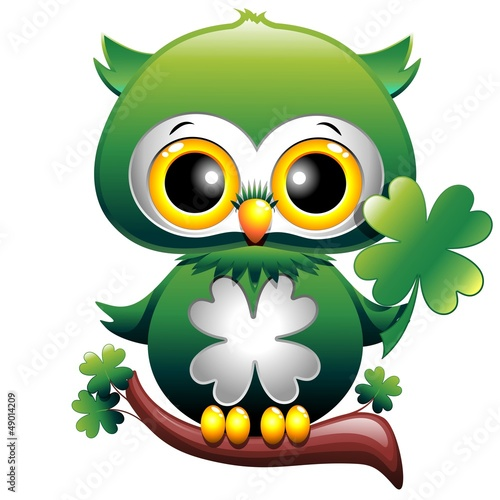 baby-owl-st-patrick-cartoon-owl-puppy-with-four-leaf-clover